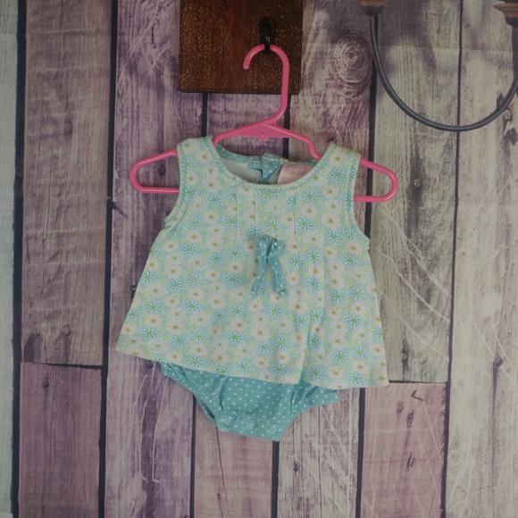 ff6c510f5 mon petite One Pieces | Girls Size 69 Month Mon Petit Floral ...
